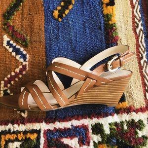 Wedgie sandal